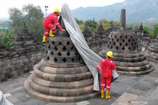 Merapi tak lagi mengancam, selubung stupa Candi Borobudur dibuka kembali