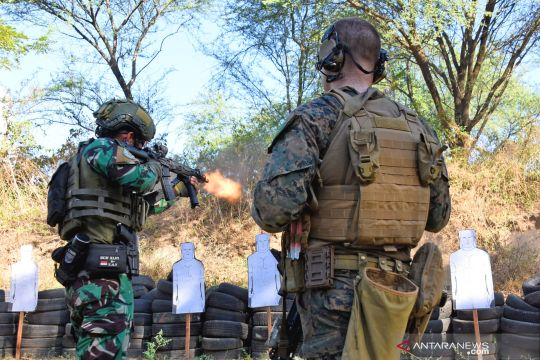 Latihan bersama Marinir Indonesia dan Amerika Serikat
