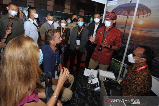 Menparekraf Sandiaga Uno tinjau Bali Beyond Travel and Fair 2021