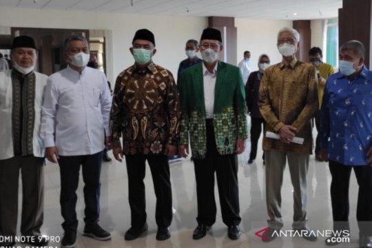 Menko PMK terpesona melihat kemewahan RS Muhammadiyah di Makassar