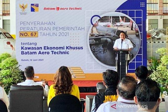 Menko Airlangga serahkan PP dua Kawasan Ekonomi Khusus di Batam