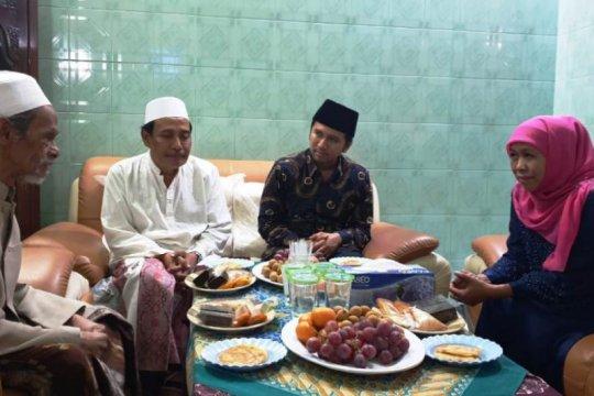 Gubernur Jatim: Umat Islam se-Indonesia berduka KH Nawawi wafat
