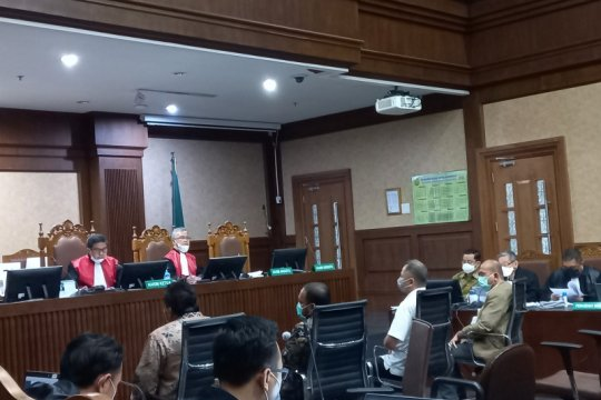 Ketua DPC PDIP Kendal akui terima Rp508 juta dari Juliari Batubara