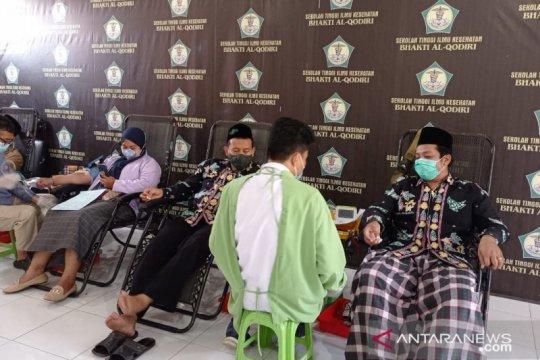 Lumbung pendonor pemula dikukuhkan PMI di pesantren Jember-Jatim