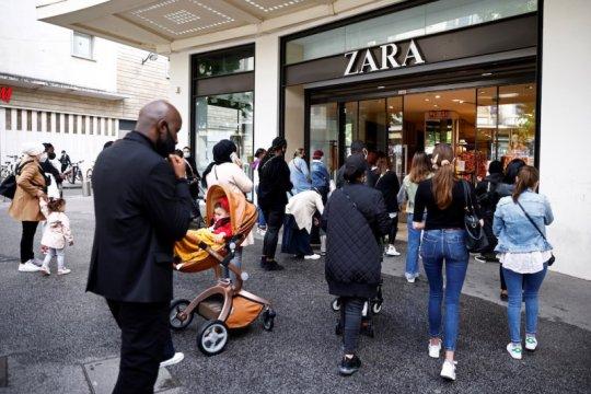 """Zara dikritik, kepala perancang kirim pesan """"rasis"""" ke model Palestina"""