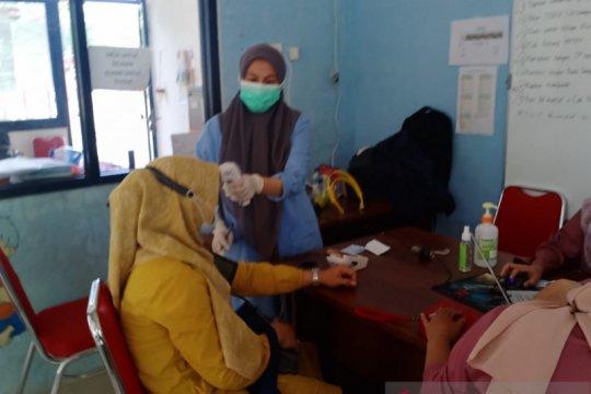 733 warga Sunter Agung jalani vaksinasi COVID-19