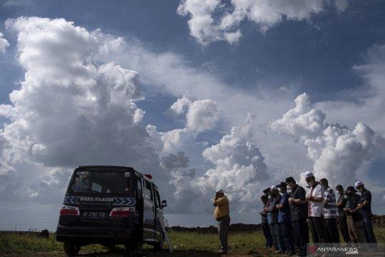 Wagub DKI: pengangkutan jenazah terpapar COVID-19 belum gunakan truk