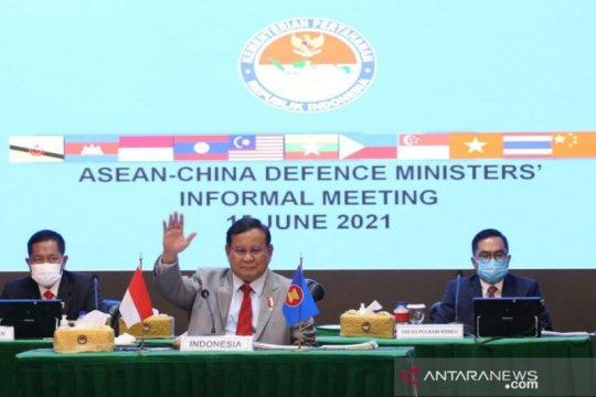 Prabowo hadiri pertemuan Menhan ASEAN-China