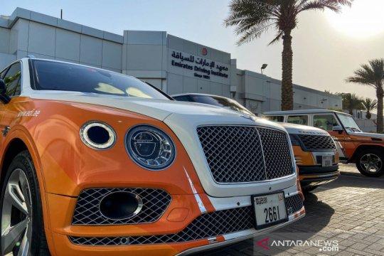 Sekolah mengemudi mobil mewah di Dubai