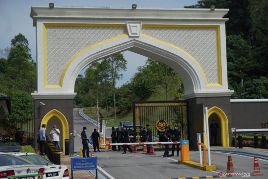 Raja Malaysia setuju parlemen dibuka secepatnya