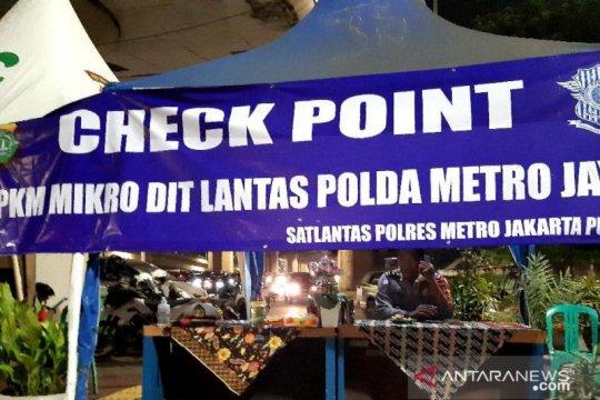 Ditlantas Polda Metro dirikan lima posko PPKM di zona merah