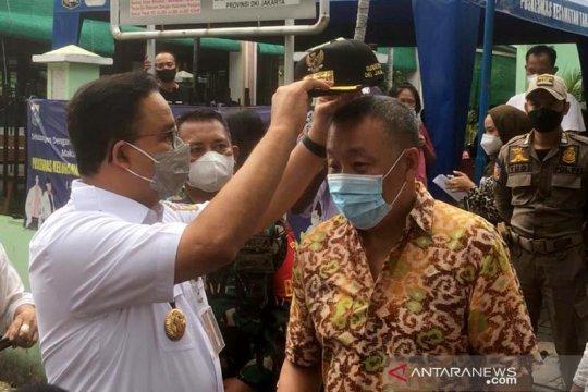 DKI Kemarin, topi Anies untuk warga hingga kebakaran di Pademangan