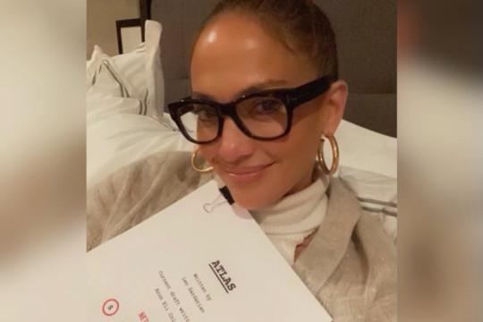 """Atlas"" judul film terbaru Jennifer Lopez untuk Netflix"