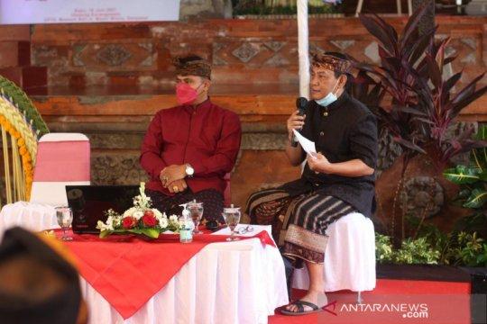 Museum Bali kaji koleksi busana parhyangan untuk sumber belajar