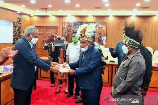 Rapat Paripurna DPR RI setujui RUU Otsus Papua jadi UU