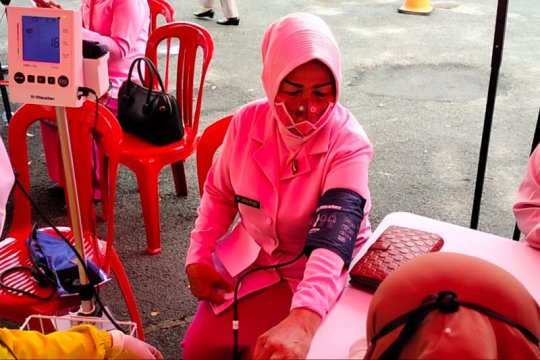 Polda Lampung gelar suntik vaksin COVID-19 buat Bhayangkari