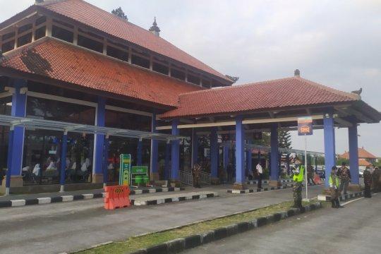 Kadisnaker sebut 8.000 PMI di Bali tuntas jalani vaksinasi COVID-19