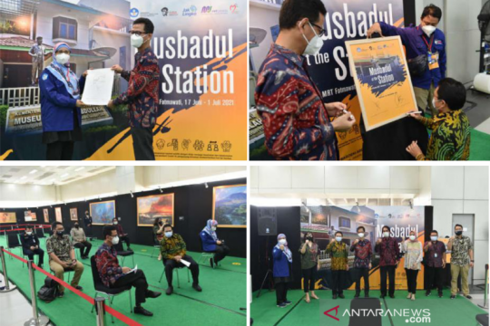 MRT pamerkan koleksi lukisan Basoeki Abdoellah di Stasiun Fatmawati