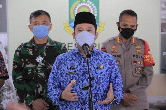 Sasar 15 ribu orang, vaksinasi zona merah di Tangerang ajak TNI-Polri