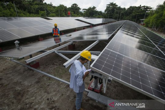 PLTS mampu penuhi 50 persen konsumsi listrik harian di Pulau Sabira