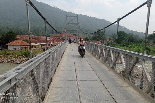 Jembatan gantung itu tumbuhkan ekonomi
