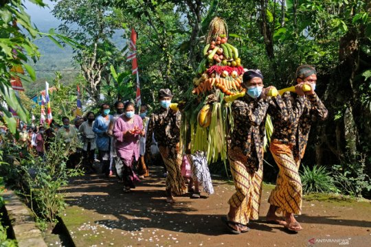 Ritual penghormatan pada Dewi Sri