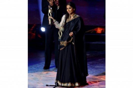 Aktor India Vidya Balan menantang seksime dalam birokrasi di film baru