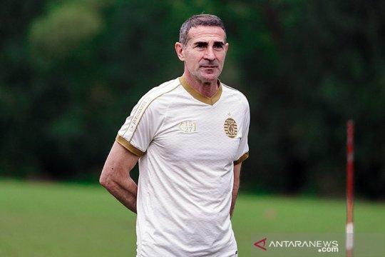 Pelatih Persela: kehadiran Alessio naikkan harkat sepak bola Indonesia