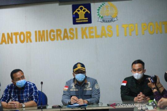 Imigrasi Pontianak deportasi 27 warga negara Vietnam pencuri ikan