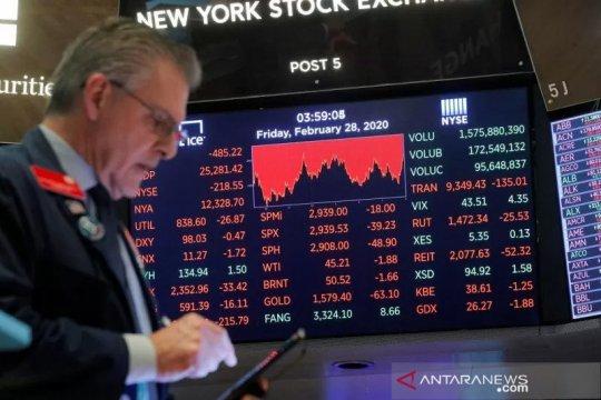 Wall Street jatuh terseret Amazon,  Indek Dow Jones merosot 149 poin