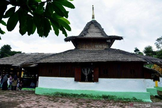Masjid Wapauwe tertua di Maluku
