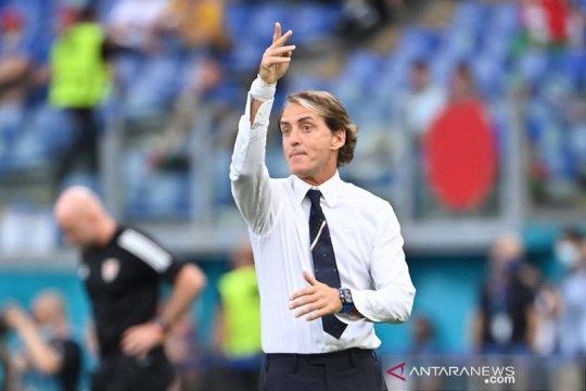 Samai rekor pelatih legendaris Italia Vittorio Pozzo, Mancini merendah