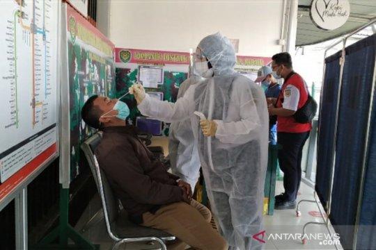 Tes swab antigen di Stasiun Bogor, satu positif