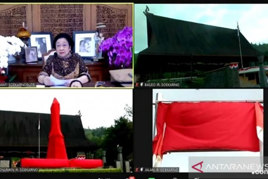 Megawati resmikan rumah adat dan jalan Bung Karno di Maluku Tengah