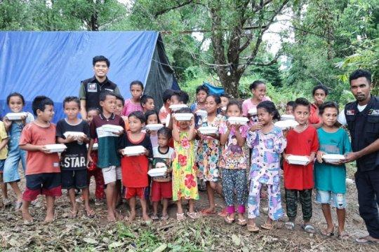 ACT-MRI salurkan makanan siap saji untuk anak pengungsi korban gempa