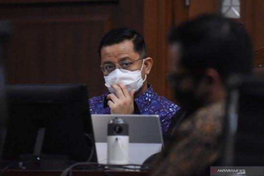 Jaksa KPK bantah Juliari hanya berikan usulan pengadaan bansos