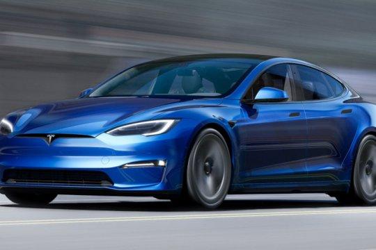 Tesla Model S Plaid tidak bisa capai 200mph hingga pembaruan perangkat