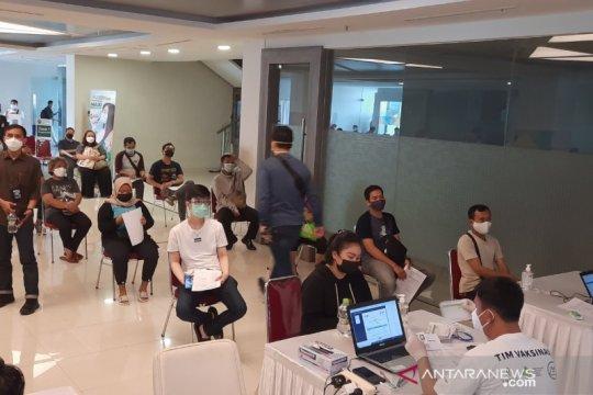 Sudin Kesehatan Jaktim ajak warga ikut vaksinasi COVID-19