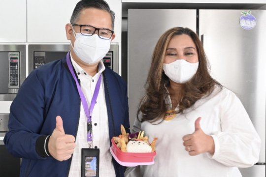 HokBen x Tupperware beri diskon pembeli yang bawa wadah makan sendiri