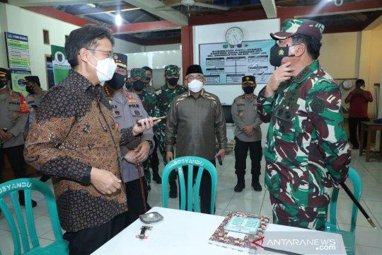 Panglima TNI tinjau posko PPKM mikro di Depok
