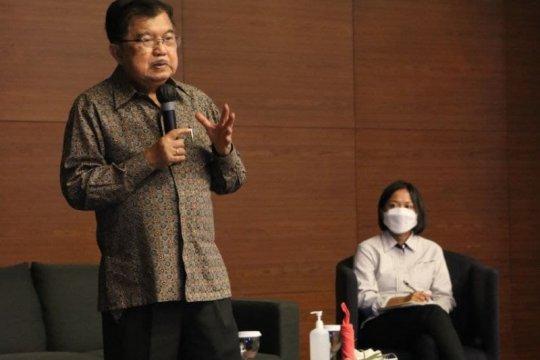 Jusuf Kalla berbagi inspirasi dan pengalaman di Makassar