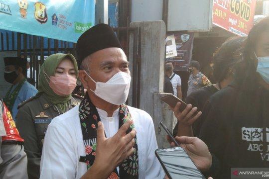 Cilandak terima vaksinasi warga Bodetabek tanpa surat keterangan