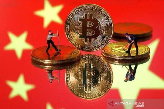 Bitcoin naik ke tertinggi 5 bulan karena faktor musiman, berita Soros