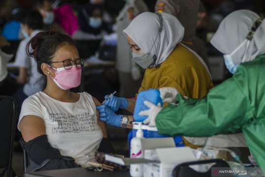 Jawa Barat berupaya meningkatkan cakupan vaksinasi COVID-19