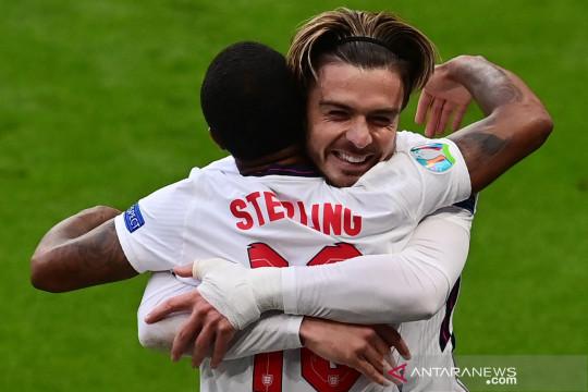 Sterling: Grealish bisa bantu saya cetak lebih banyak gol