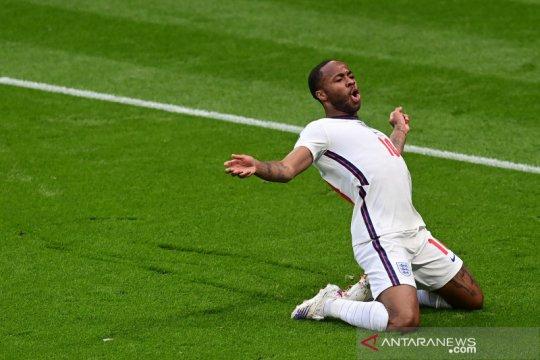 Piala Eropa : Inggris unggul 1-0 atas Ceko di babak I
