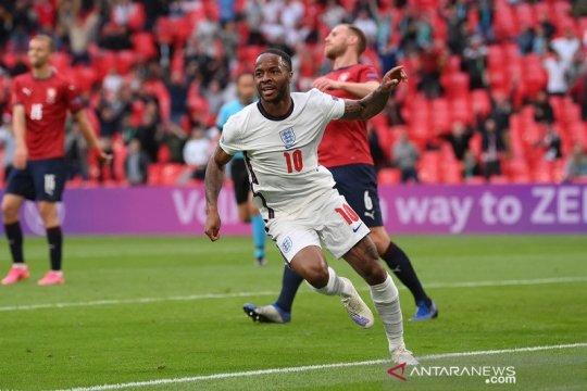 Sterling cetak gol lagi, Inggris kalahkan Ceko untuk juarai Grup D