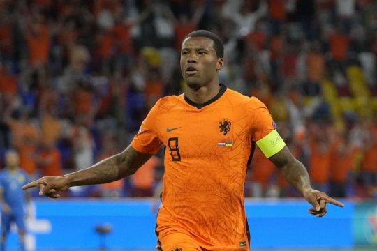 Wijnaldum minta UEFA ambil tindakan lebih tegas terhadap rasilalisme