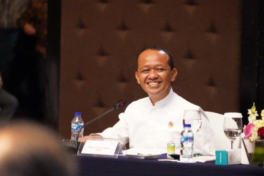 Bahlil: Pabrik baterai mobil listrik mulai berproduksi 2023
