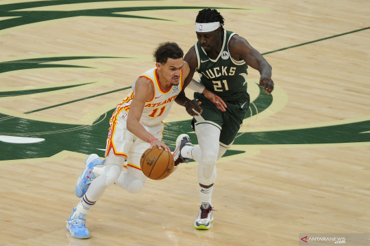 Trae Young cetak 48 poin saat Hawks ungguli Bucks dalam final wilayah